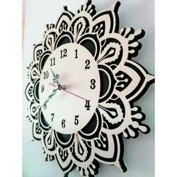 Sentop - Wooden clock on the wall USVIT