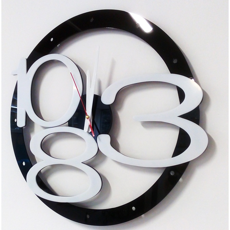 Modern wall clock design exclusive, color: black, white numbers, hands color: white