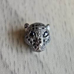 Metal leopard with zircons - dark