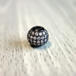 Metal ball with silver zircons - black