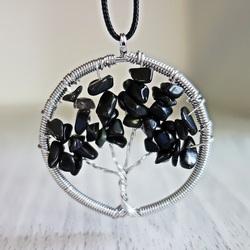 Gemstone Pendant - Tree - black onyx