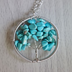 Gemstone pendant - tree - howlit tyrkenit