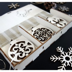 Dekorácie na vianočný stromček, sada obsahuje 18 kusov